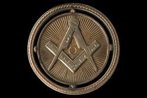 Pocket watch with Mason symbol