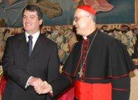 Tarcisio Bertone, Cardinal, Vatican, Secretary of State, Freemason, Freemasonry, Freemasons, Masonic, Signals, Signs