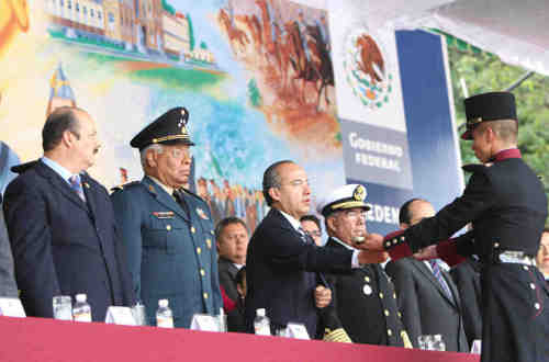 calderon, mexco armed forces, freemasonry signs
