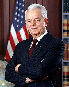 Carl Anderson, Knights of Columbus, Sen. Robert Byrd, Freemason Signals, Signs